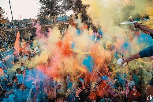Фестиваль красок в Павлограде