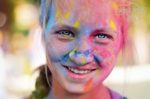 Яркие выходные в Дубровице вместе с Holi Fest!
