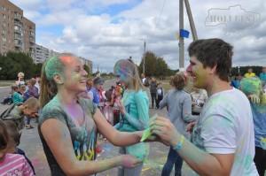 Легкоатлетический пробег с красками Холи в Первомайском!