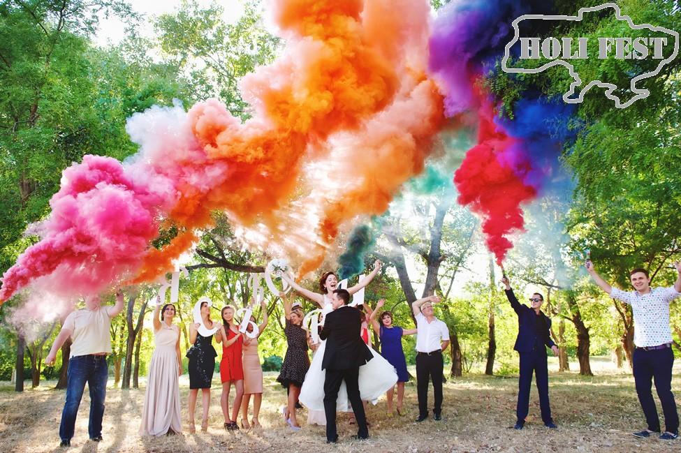 Фантастическая свадебная фотосессия с цветным дымом!