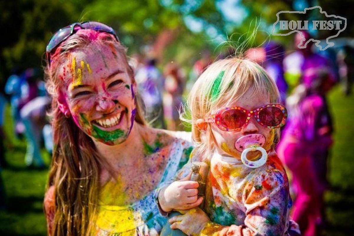 Яркий праздник красок Холи ко Дню защиты детей!